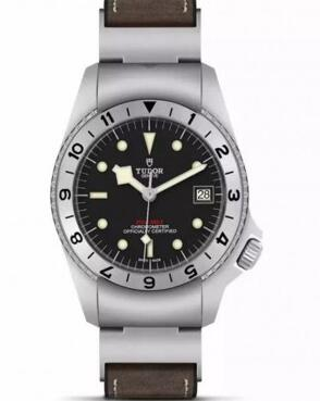 The Tudor has been inspired by the original model that the brand designed for the US Navy.