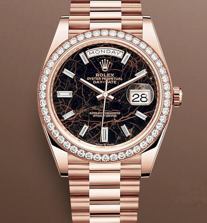 Swiss replica watches are showy with diamond decoration.